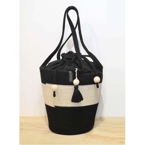 Pull string tote Black & Ivory